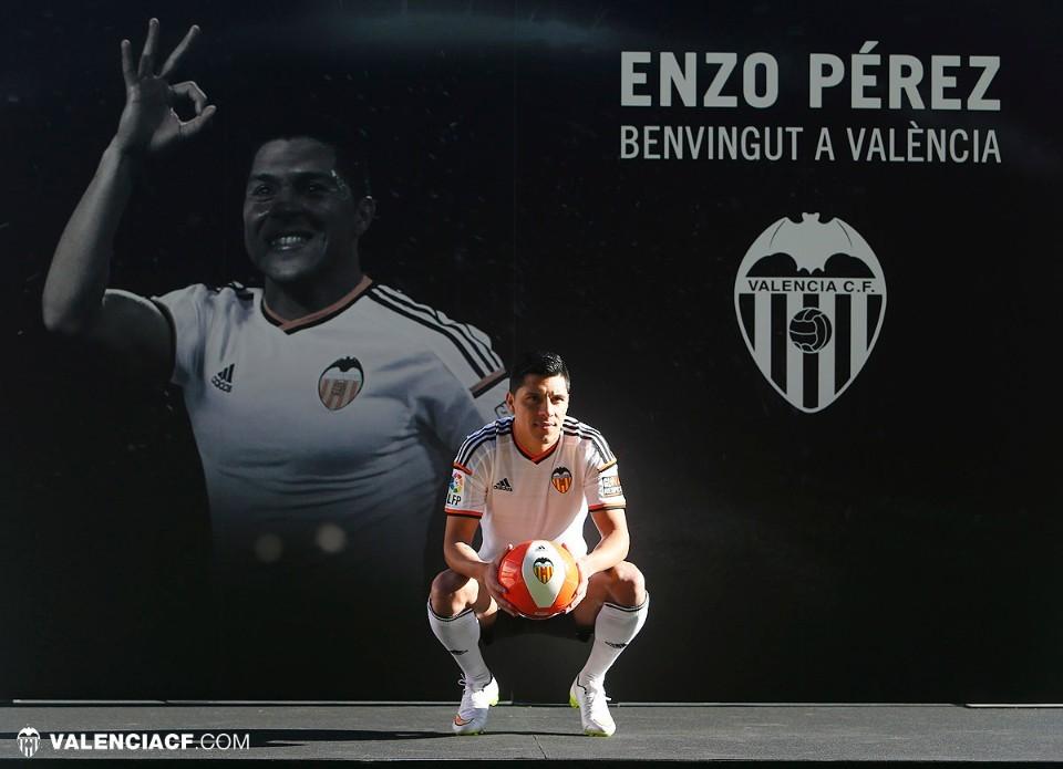 Валенсия представила Энцо Переса - изображение 4